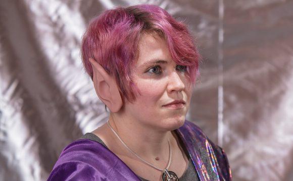 Vulcan Priestess K'Pau